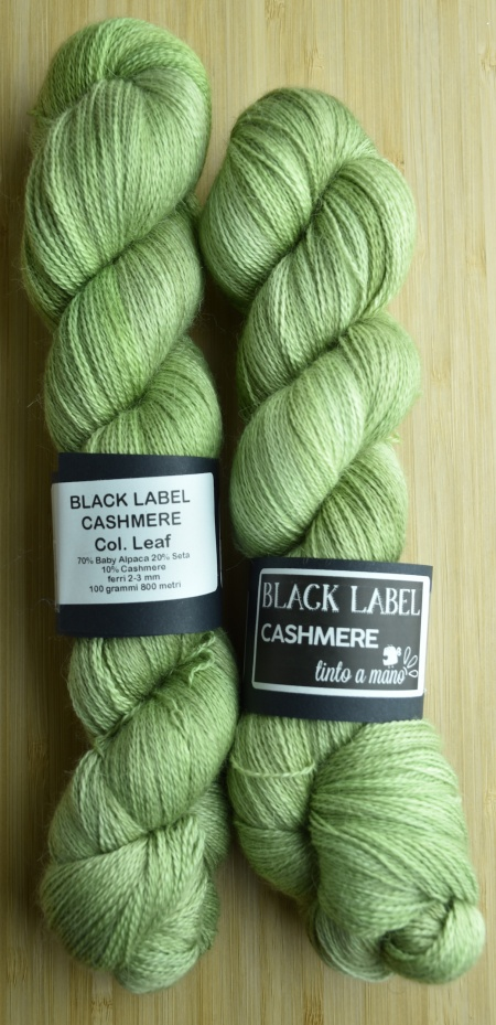 Black Label Cashmere UABstyle Colore Leaf