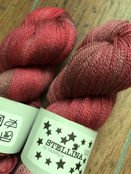 Stellina Lace Uabstyle colore Bloody Mary